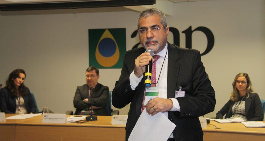 Estado solicita mudança nos percentuais estipulados no período de transição dos municípios produtores de petróleo, a partir de dezembro de 2015.