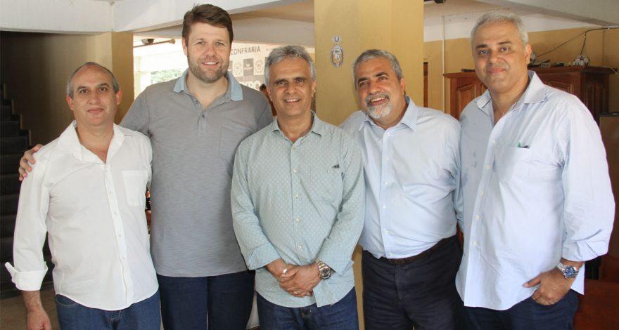 O investimento em Miracema pelo Programa Rio Rural foi ressaltado em encontro de lideranças com os deputados Christino Áureo e Jair Bittencourt.
