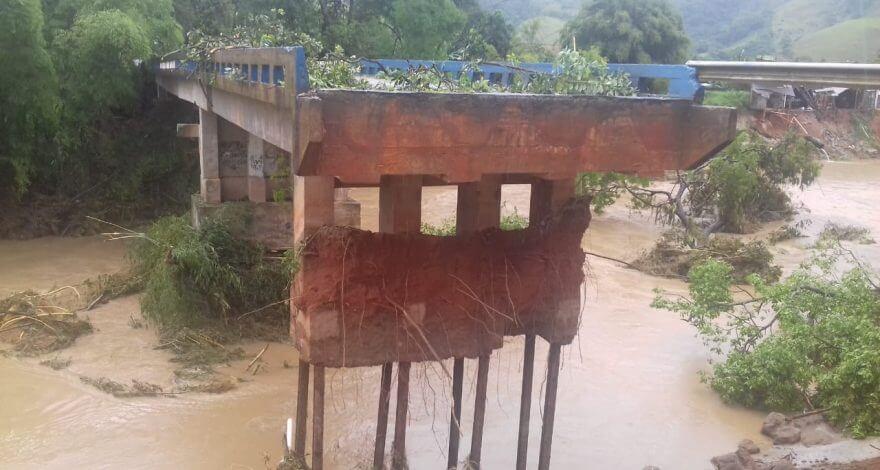 Na Região Serrana de Macaé, uma passarela em Trapiche vai ser montada nesta quinta-feira (08/11) para minimizar prejuízos com a chuva.
